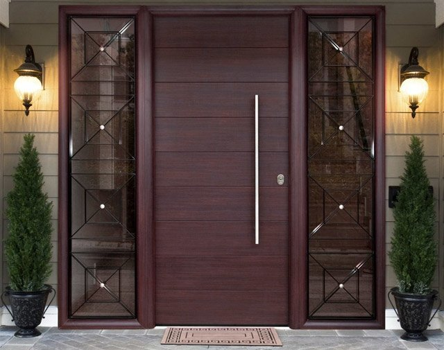 Protivlomna vhodna vrata